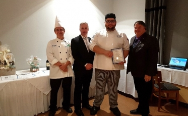 Un élève de l'École hôtelière de Lanaudière participe à une émission de téléréalité de cuisine française