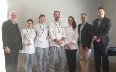 Douze élèves de l'École hôtelière de Lanaudière se démarquent par leur créativité à saveur locale!