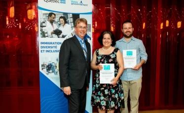 Dominique Robitaille, enseignante au Centre multiservice des Samares et finaliste au gala « Les Mérites en francisation des personnes immigrantes »
